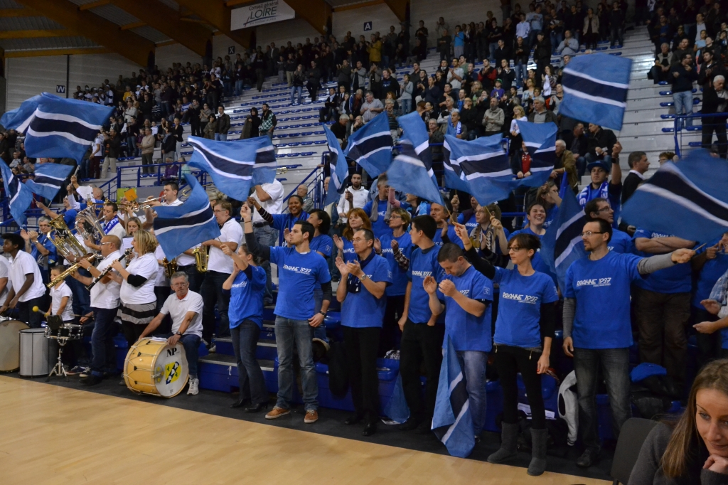 Supporters Chorale Basket 13-14 (6)